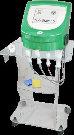 Apparecchiatura-per-contrastare-linvecchiamento-pelle-con-radiofrequenza-ed-elettroporazione-Soft-Skin-ES
